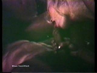 Peepshow Loops 103 70s And 80s - Scene 2