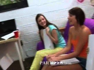 Group Of College Girls Suck One Dick